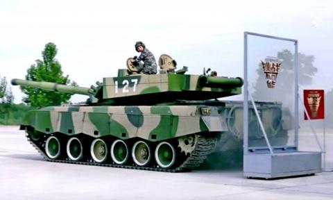 Как паркуются китайские танки