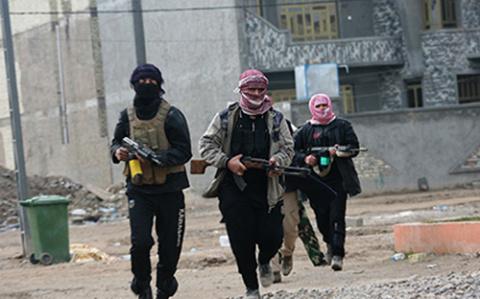 Главари ИГ массово покидают Ракку