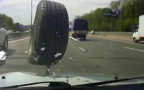 Страйк! На дороге отвалилось…