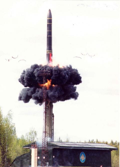 Новые «ядерные поезда» оснастят ракетами на базе «Ярса»