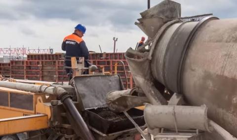 Строители Керченского моста возвели «юбилейную» сотую опору – на Тузле