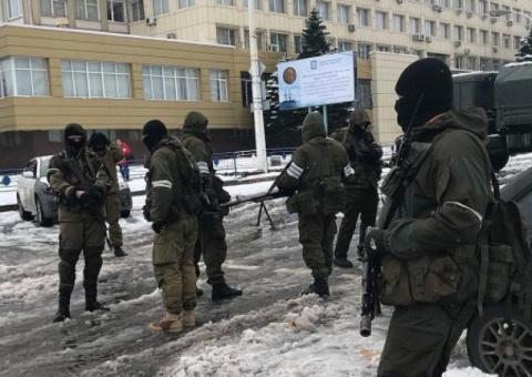 Луганск: перетягивание канат…