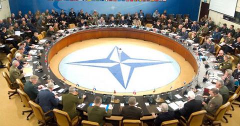 """НАТО - """"параноики"""": в Герман…"""