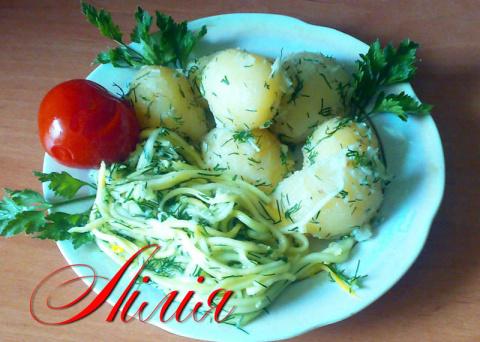Быстрые малосольные спагетти из кабачков