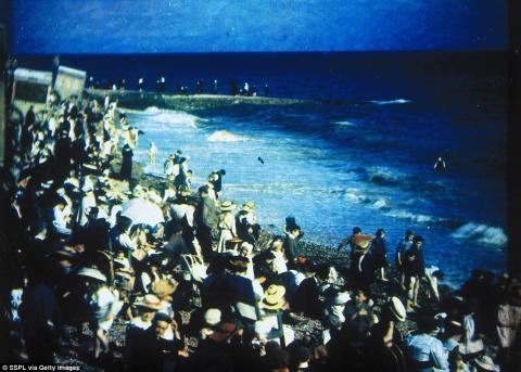 Как выглядел знаменитый пляж в Брайтоне в Эдвардианскую эпоху