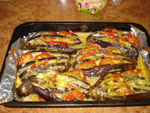 баклажаны запеченые с овощами