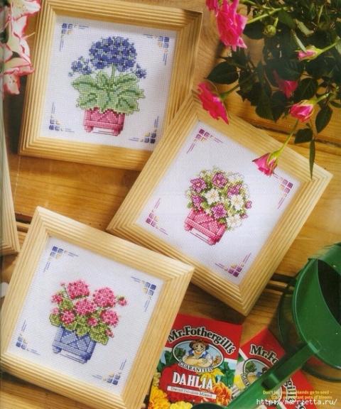 Миниатюрная вышивка крестом — цветы(со схемами)