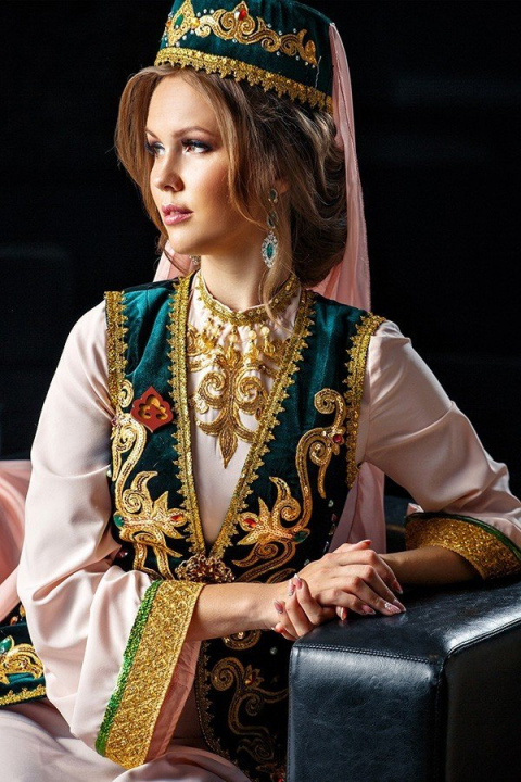 12 красавиц конкурса «Татар …