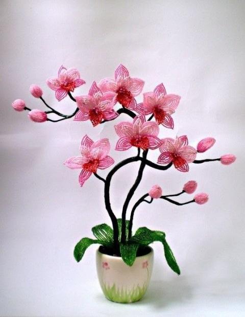 Орхидеи из бисера. Ну не шикарно?