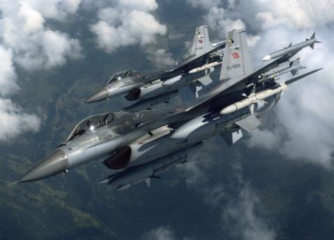Российские и сирийские военные заставили развернуться турецкие самолеты