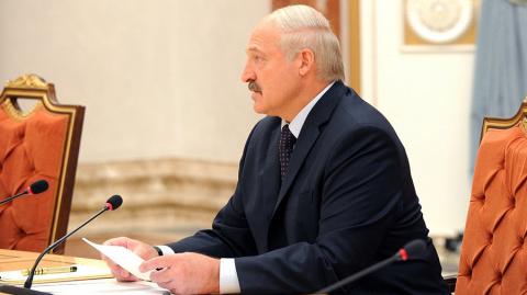 Лукашенко выразил обеспокоенность восстановлением погранзон на границе с РФ