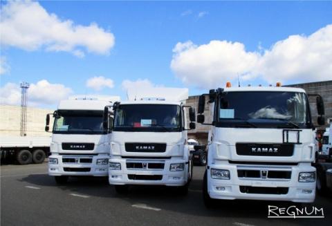Новый КамАЗ выходит на рынок России: убрать грузовые иномарки?