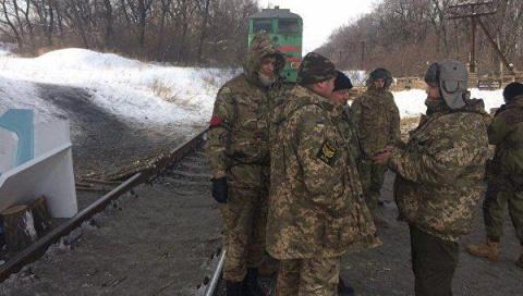 Киев пытается прорвать блока…