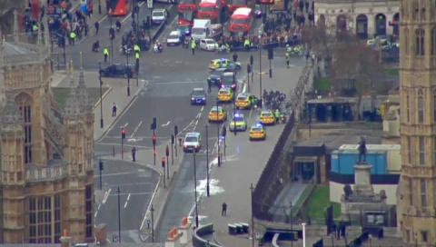 Стрельба у парламента Великобритании. Есть убитые и раненые. 22 марта 201718:01