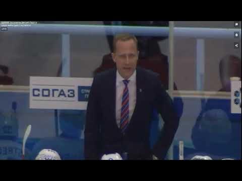 Тренер говорит что-то на латышском