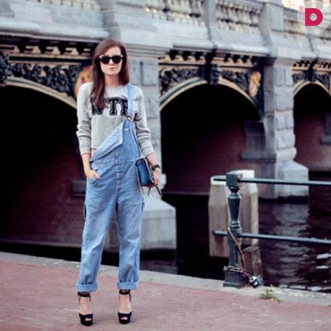 Как модно носить джинсовый комбинезон этим летом