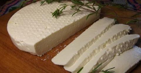 Готовим адыгейский сыр сами