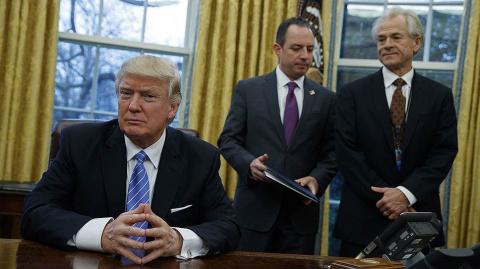 Трамп анонсировал появление новой информации о прослушке своего телефона Обамой