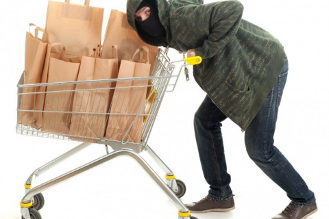 Почему у нас все дорожает – от бензина да еды? 300 процентов прибыли в торговле – это отъем, грабеж!