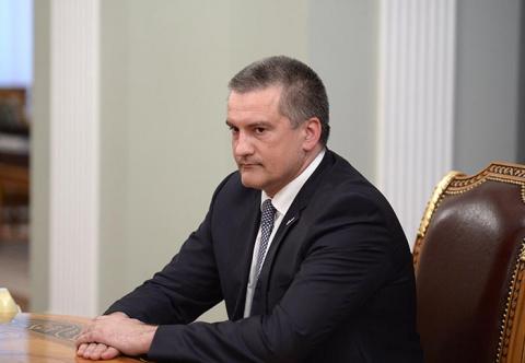 Глава Крыма сравнил зарплаты крымчан и украинцев
