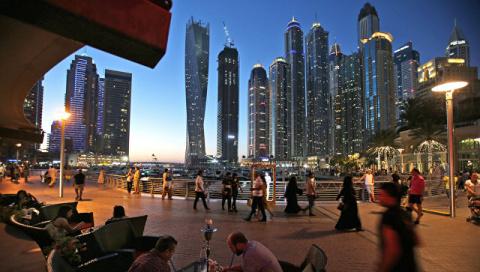В ОАЭ туриста посадили в тюр…
