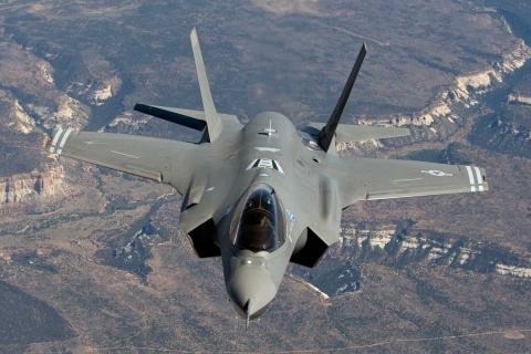 США перебросили в Эстонию два истребителя-бомбардировщика F-35 Lightning II
