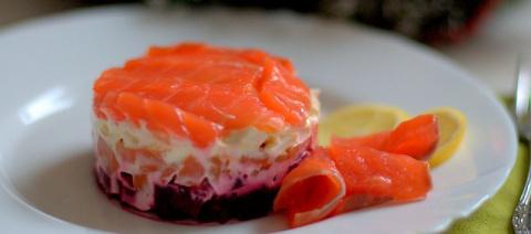 Диетический салат «Семга на …