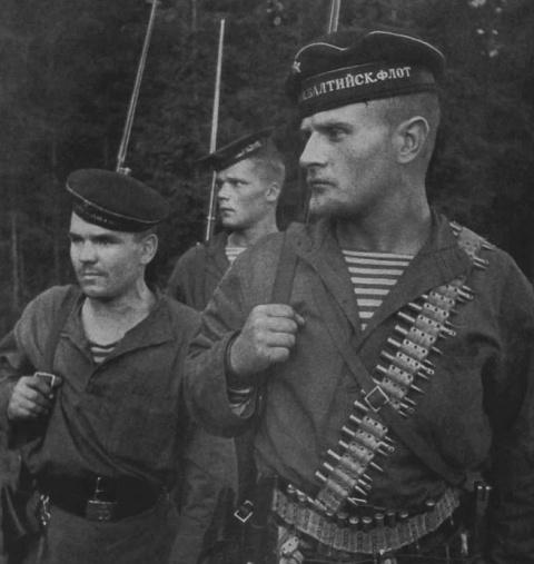 «Черные бушлаты»: что надо знать о русских морпехах