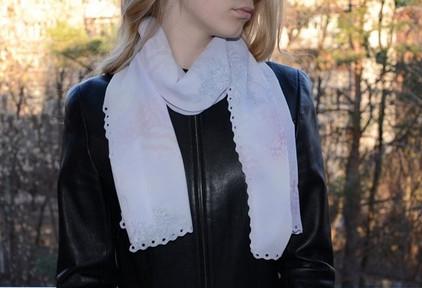 Легкий и красивый шарфик все…