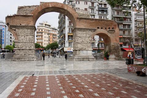 Жить по-македонски