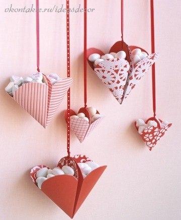Сердечки с конфетами