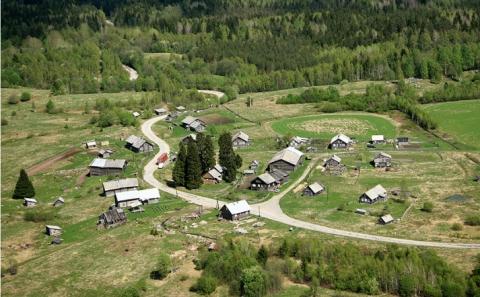Как встречает туристов «самая красивая деревня России» из пяти человек