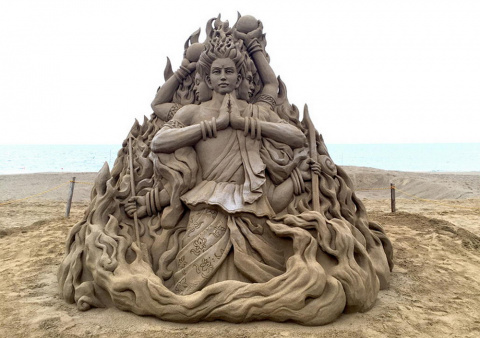 Песочница – мастерская скульптора