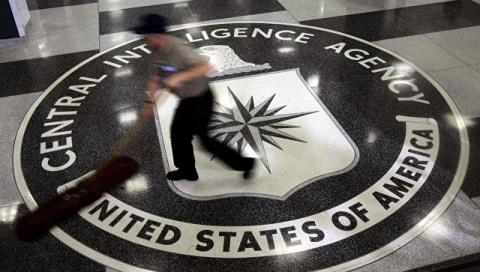 Экс-глава АНБ и ЦРУ: мы были бы не прочь взломать почту «Единой России»