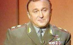 Как «лучший» министр обороны…