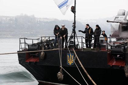 В ФСБ рассказали об обстреле российской буровой платформы с судна ВМС Украины