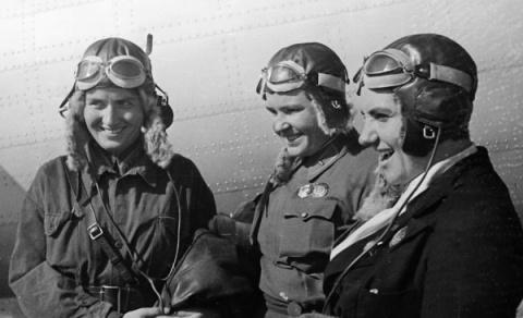 Первые женщины - Герои Совет…
