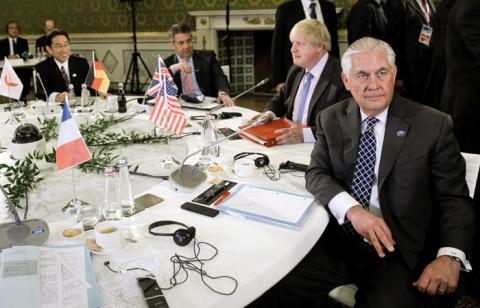 Страны G7 решили не ужесточа…