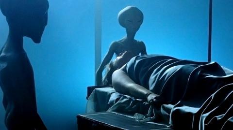 Человек из лаборатории: эксперименты пришельцев