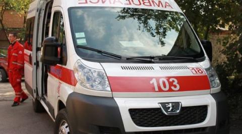 На днях из отделения скорой помощи с громким скандалом уволили врача...
