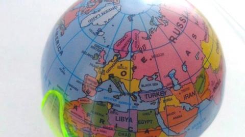 Правильный немецкий глобус