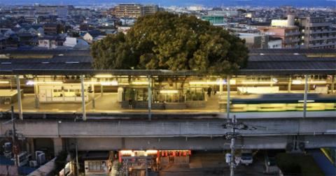 Японский железнодорожный вок…
