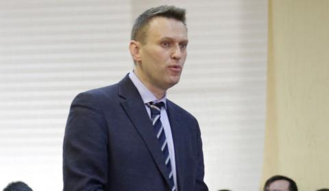 Навального уличили в экономи…