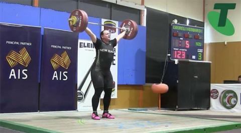 ТАКОЙ СПОРТ НАМ НЕ НУЖЕН! Турнир по тяжелой атлетике среди женщин выиграл трансгендер