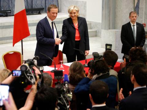 Ле Пен и Дюпон-Эньян объявили о создании предвыборной коалиции