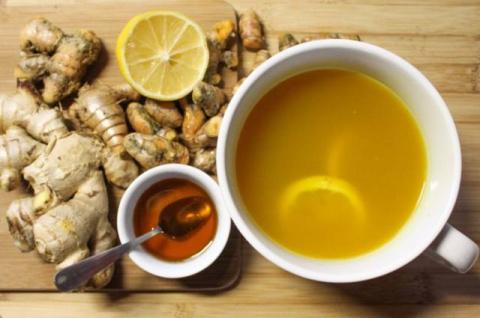 Полезный и лечебный чай с куркумой