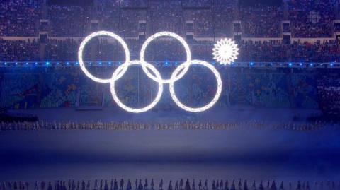 Медведев патентует нераскрывшееся кольцо Олимпиады