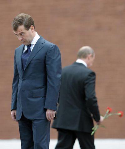 Максим Соколов: Медведев как зияющая брешь в Путинской крепости