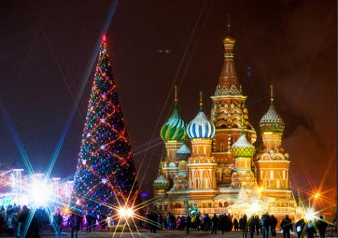 Троллинг позитивом: Путин пригласил детей американских дипломатов на кремлевскую елку
