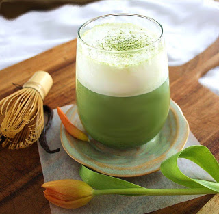 Попробуйте зеленый чай с мол…